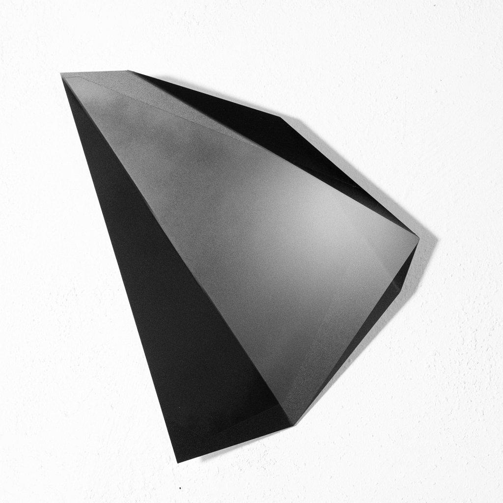 objects . 19010512 (raumbild) . florian lechner . 2019